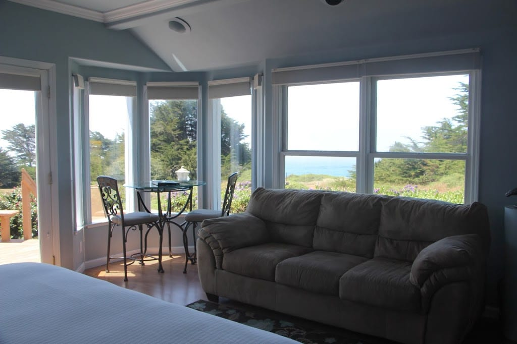 Special Occasion Suite at Mendocino Seaside Cottage