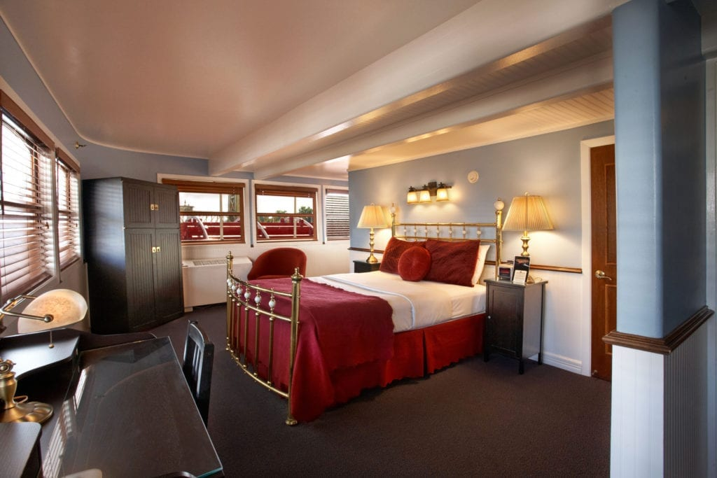 Guest room aboard the Delta King Hotel