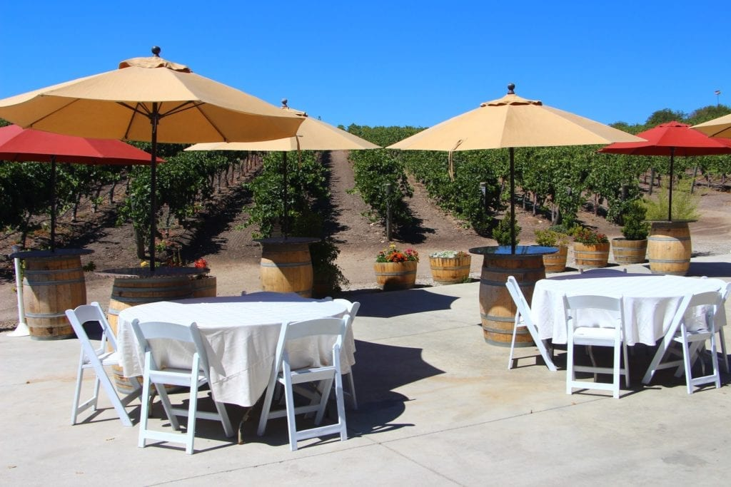 Opolo Vineyards tasting room patio