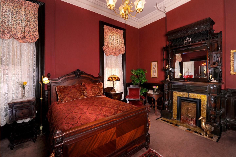 Guest room at Inn San Francisco