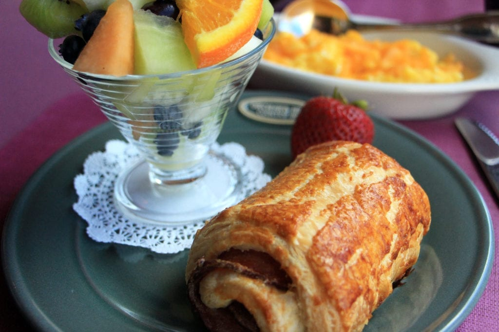 Breakfast at Orchard Hill Country Inn