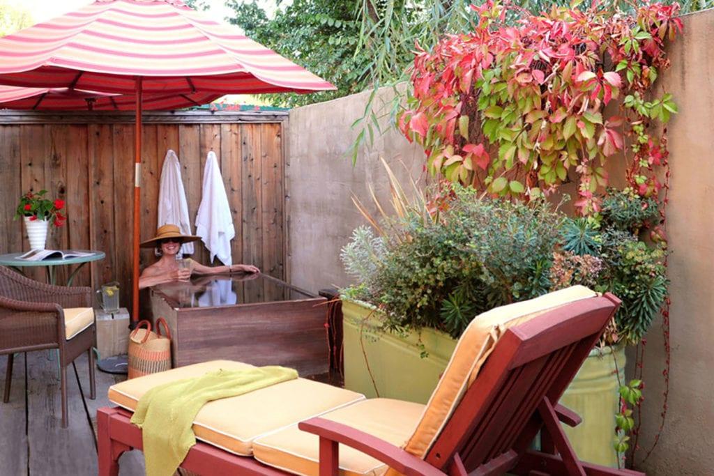 Lower Garden Ofuro Room at Tallman Hotel