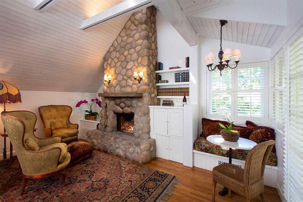 Abbeywood Cottage at the Simpson House Inn