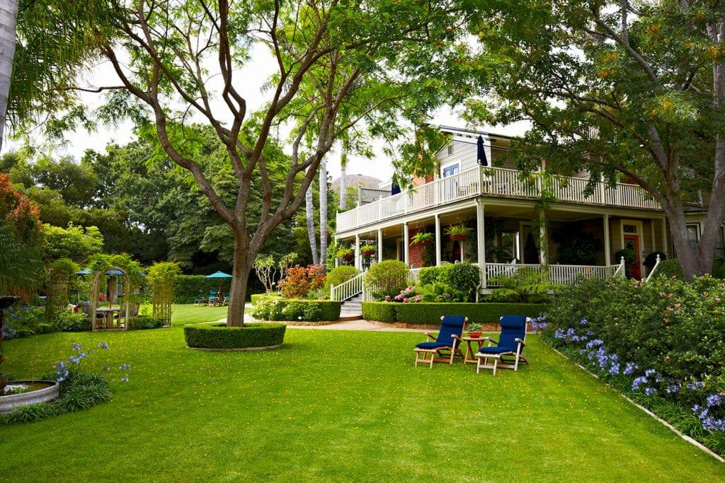 Lawn at the Simpson House Inn