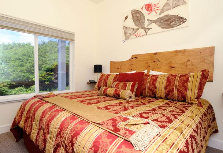 Bedroom at the Spyglass Inn