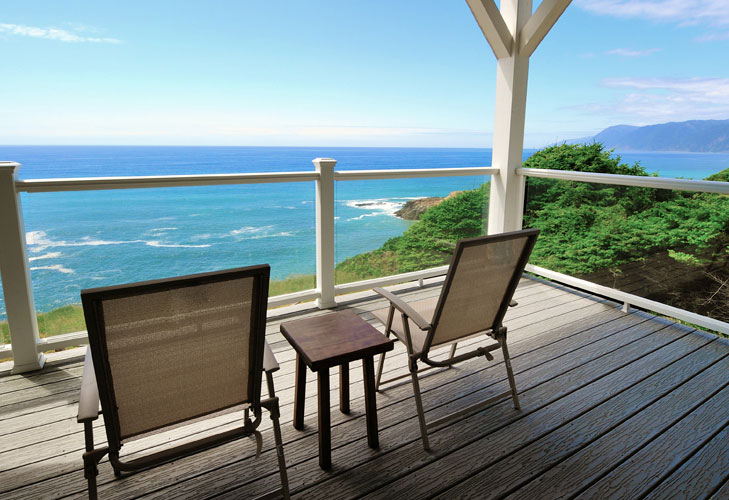 Private deck at the Spyglass Inn