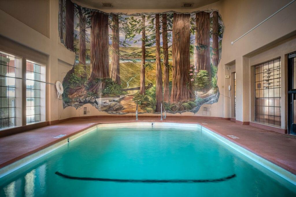 The Redwood Riverwalk Hotel pool