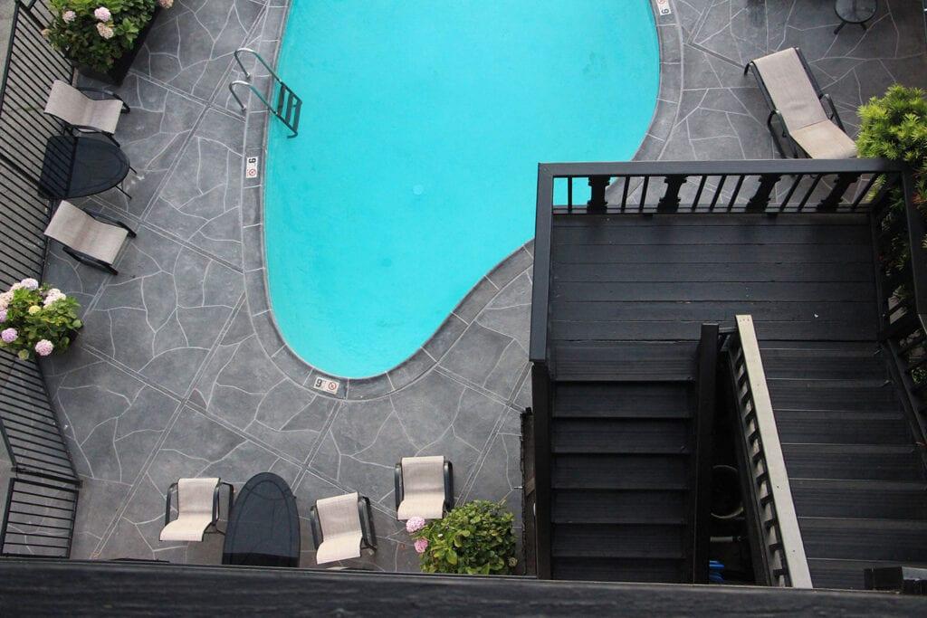 Hofsas House pool