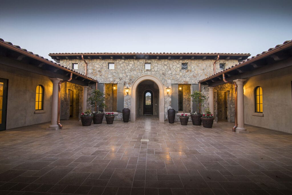 Courtyard at the Grand Reserve Inn
