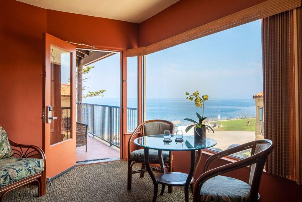 Ocean Suite at Pantai Inn