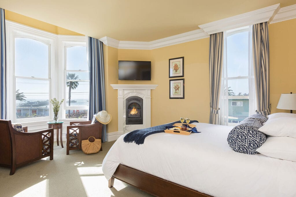 Superior King Spa room at West Cliff Inn