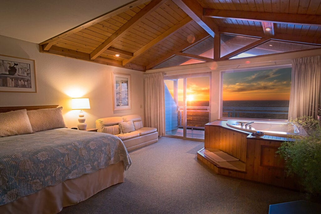 Deluxe Spa Suite at the Inn of the Lost Coast