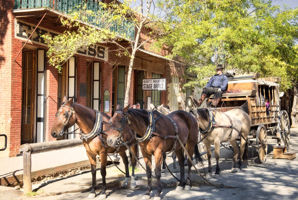 Stagecoach at Columbia State Historic Park, courtesy of Visit Toulumne County