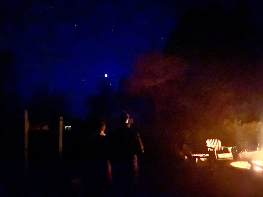Night skies from the fire pit at Mar Vista Farm + Cottages