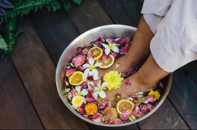 Herbal foot soak at Inn at Moonlight Beach