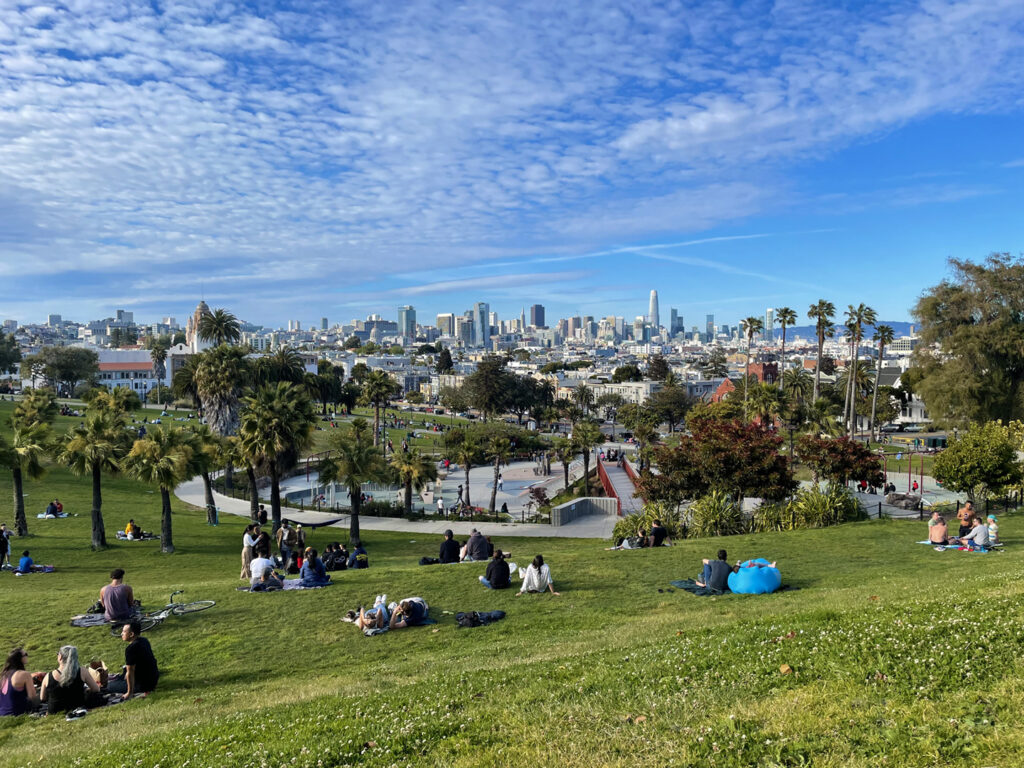View of San Francisco skyline from Mission Dolores Park
